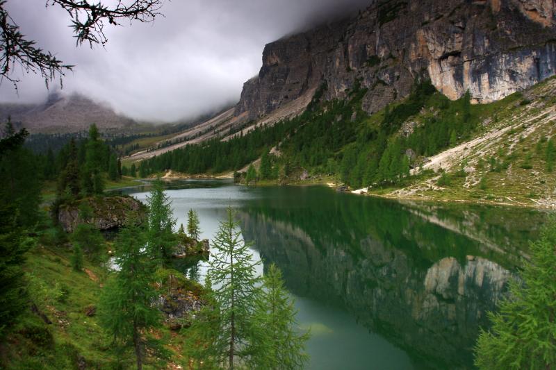 Dolomity, Lago di Federa.