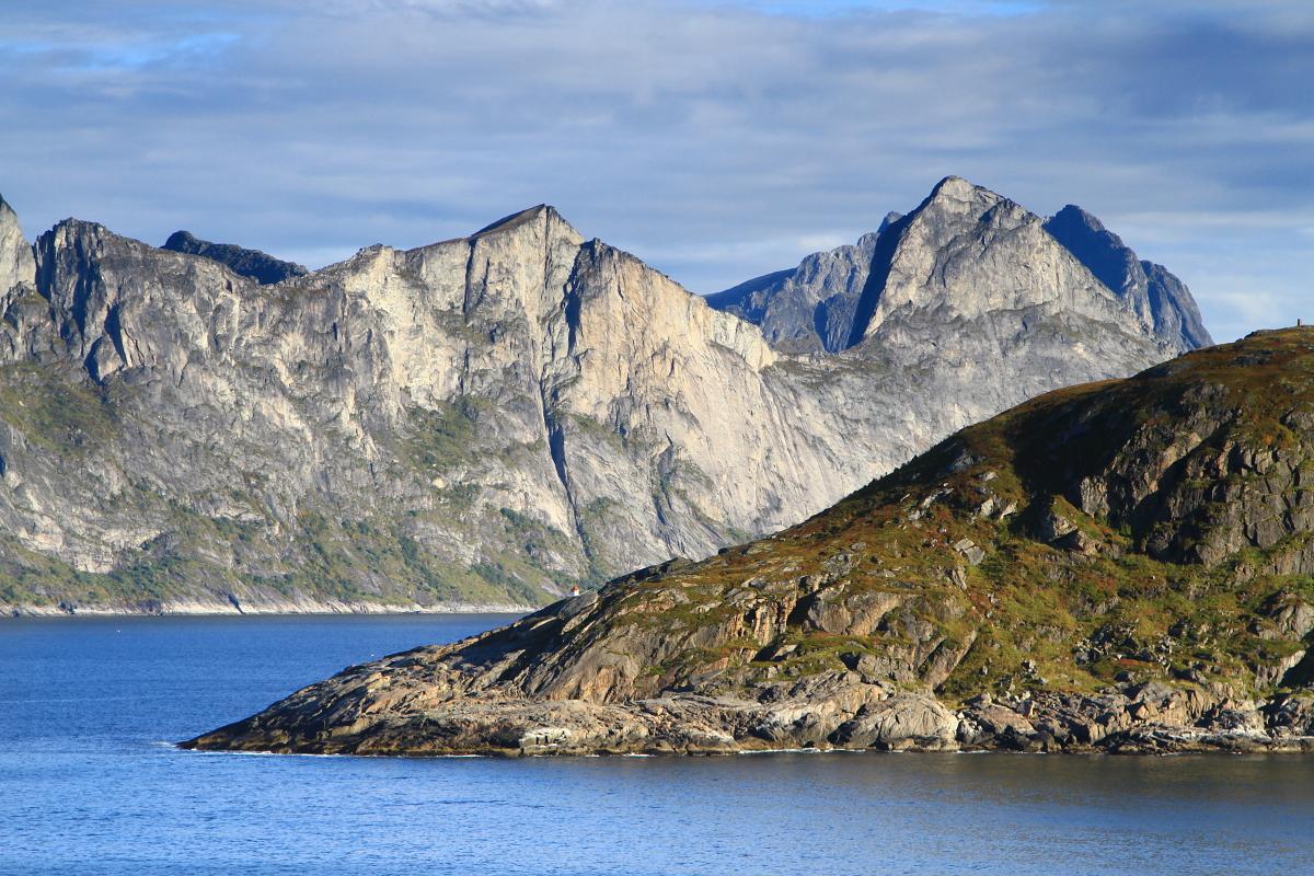 Mefjorden.